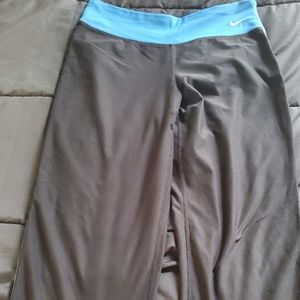 women small NIKE athletic capri dri fit